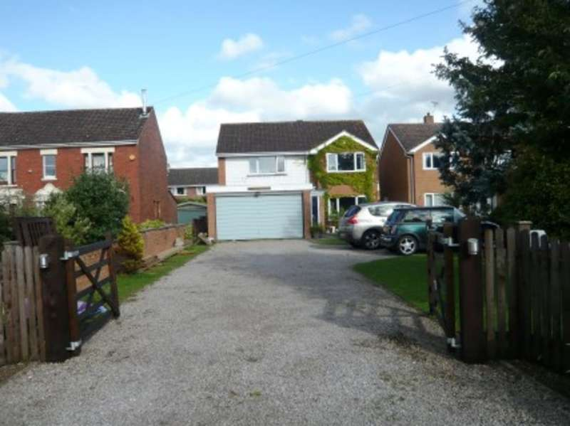 4 Bedrooms Detached House for sale in Sellars Road, Hardwicke