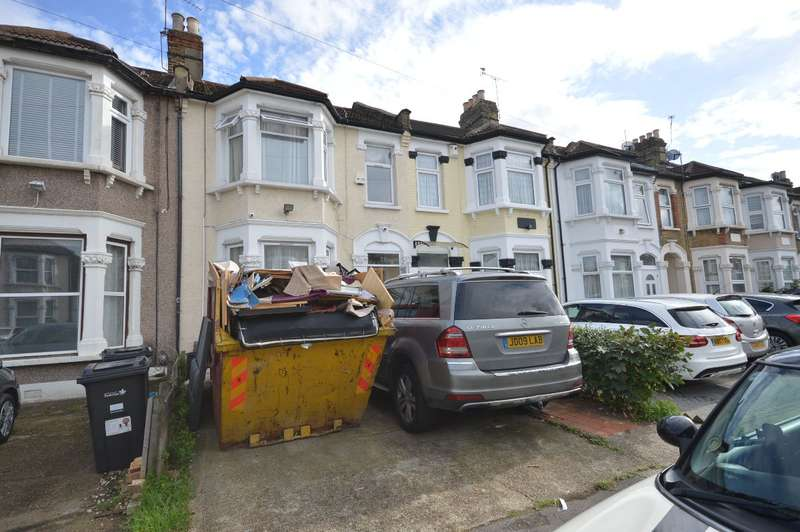 4 Bedrooms Terraced House for sale in Empress Avenue, Ilford