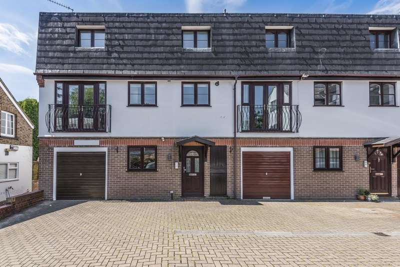 3 Bedrooms Town House for sale in Sunninghill, Berkshire, SL5