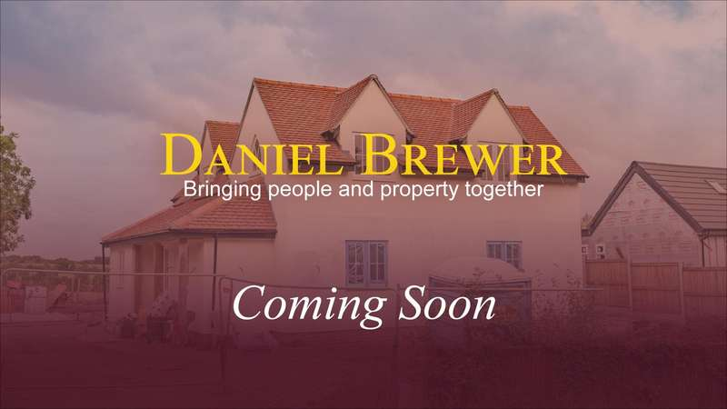 4 Bedrooms Detached House for sale in Braintree Road, Dunmow