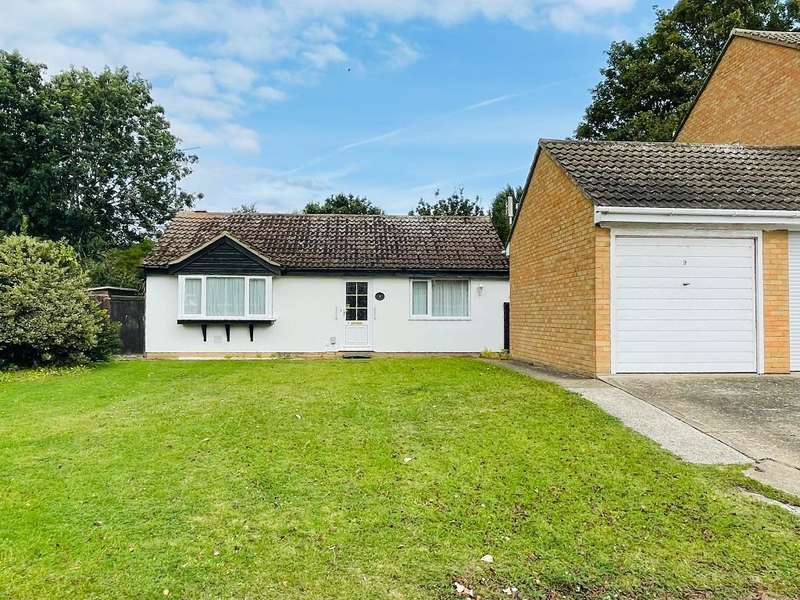 2 Bedrooms Detached Bungalow for sale in Fowler Close, Kempston, Beds, MK42 8RJ