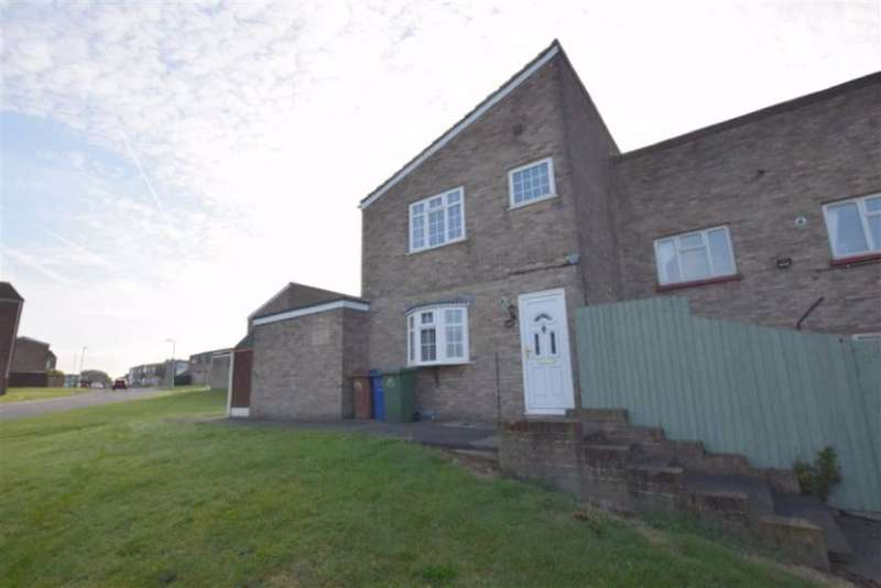 3 Bedrooms End Of Terrace House for rent in Nottage Close, Stanford Le Hope, Essex