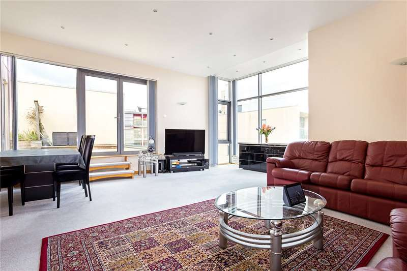 3 Bedrooms Penthouse Flat for sale in Liberty Gardens, Caledonian Road, Bristol, BS1