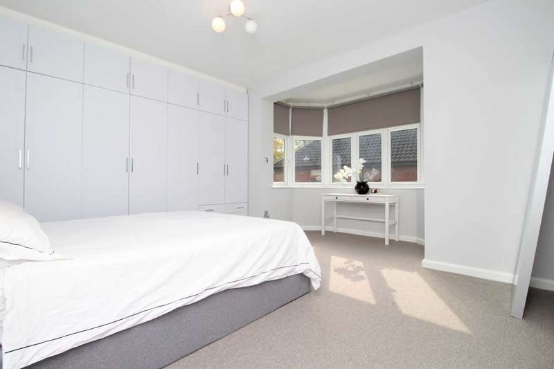 2 Bedrooms Apartment Flat for sale in Glendale Close, Shenfield