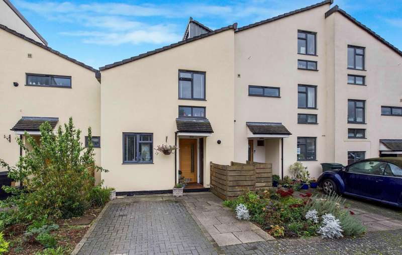 2 Bedrooms Town House for sale in Field View, Caversham, Reading