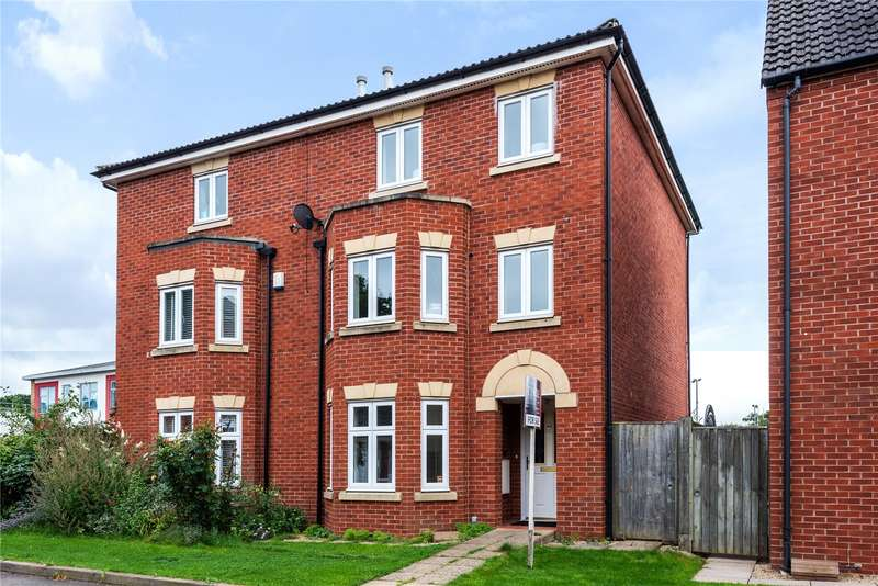 3 Bedrooms Property for sale in Sir Charles Irving Close, The Park, Cheltenham GL50