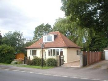 4 Bedrooms Detached Bungalow for sale in Forest Moor Road, Knaresborough