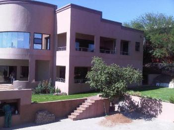 4 Bedrooms Property for sale in Windhoek / Eros