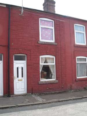 Property for sale in Queen Street, Rotherham