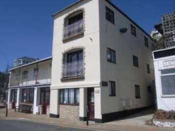2 Bedrooms Maisonette Flat for sale in Esplanade, Ventnor, Isle of Wight