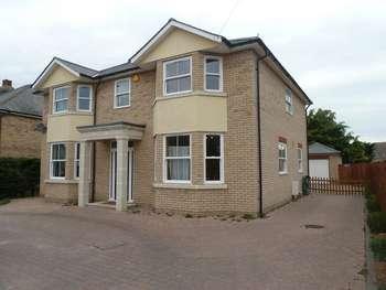 5 Bedrooms Detached House for sale in Mill RoadLakenheath, Essex, IP27 9DU
