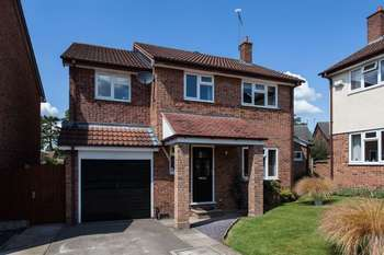 4 Bedrooms Detached House for sale in Penlington Court, Nantwich
