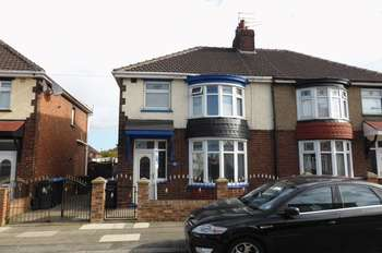 3 Bedrooms Semi Detached House for sale in Lavender Road, Middlesbrough