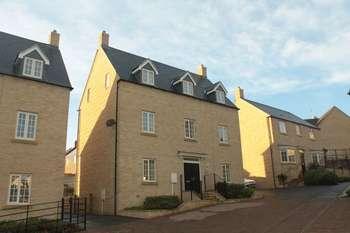 4 Bedrooms Detached House for sale in Oak Lane, Kings Cliffe