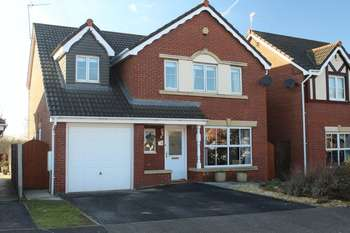 5 Bedrooms Detached House for sale in Winnington, Northwich
