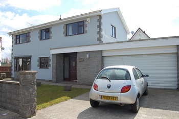 4 Bedrooms Detached House for sale in Ty Madoc, Ton Kenfig, Bridgend County Borough, CF33 4PT