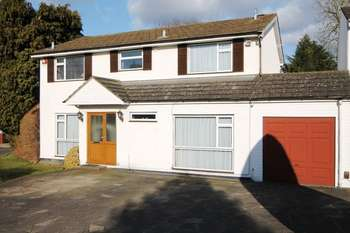 4 Bedrooms Detached House for sale in Ash Close, Stanmore