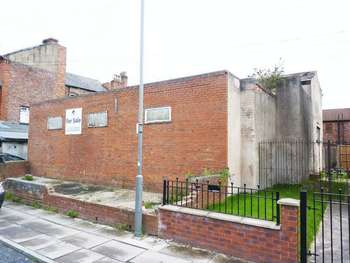 Property for sale in Holland Street, Liverpool