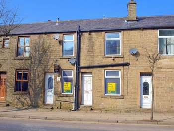 4 Bedrooms Terraced House for sale in Market Street, Whitworth, OL12 8QL