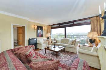3 Bedrooms Apartment Flat for sale in London House, St Johns Wood NW8