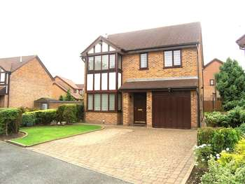 4 Bedrooms Detached House for sale in Blackshaw Drive, Westbrook, Warrington