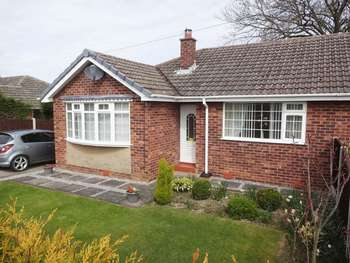 2 Bedrooms Semi Detached Bungalow for sale in Staniforth Crescent, Sheffield