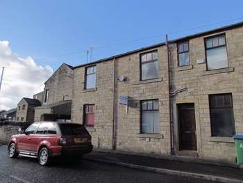 3 Bedrooms Terraced House for sale in Queen Street, Littleborough