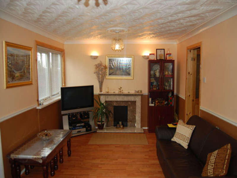 3 Bedrooms Terraced House for sale in Wesley Close, Smallbridge, Rochdale, Lancashire, OL12 9RW