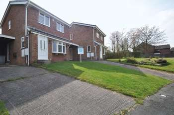 3 Bedrooms Detached House for sale in Tamar Close, Congleton