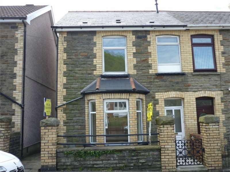 3 Bedrooms End Of Terrace House for sale in Park Street, Cwmcarn, NEWPORT