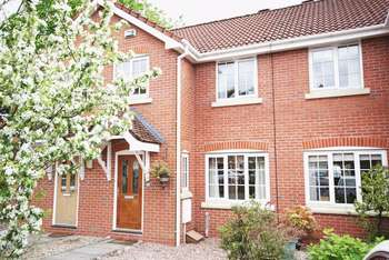 3 Bedrooms Terraced House for sale in Alberbury Avenue, Altrincham
