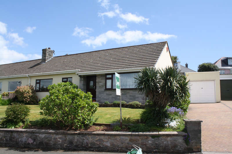 3 Bedrooms Semi Detached Bungalow for sale in Mount Batten Way, Plymstock.