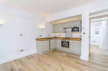 1 Bedroom Flat for sale in Lonsdale Road, London, W11