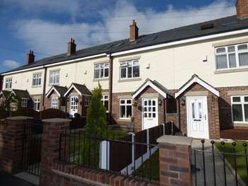 3 Bedrooms Terraced House for sale in Woodhouses, Failsworth Road, Manchester