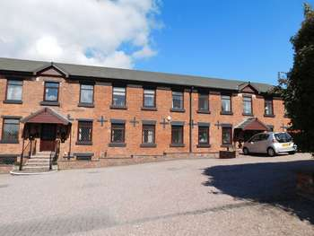 1 Bedroom Flat for sale in Mow Cop Road, Stoke-On-Trent