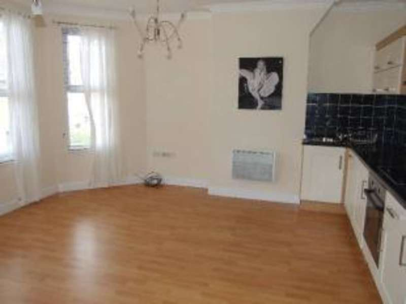 1 Bedroom Flat for sale in Ruskin Road, Crewe, Cheshire