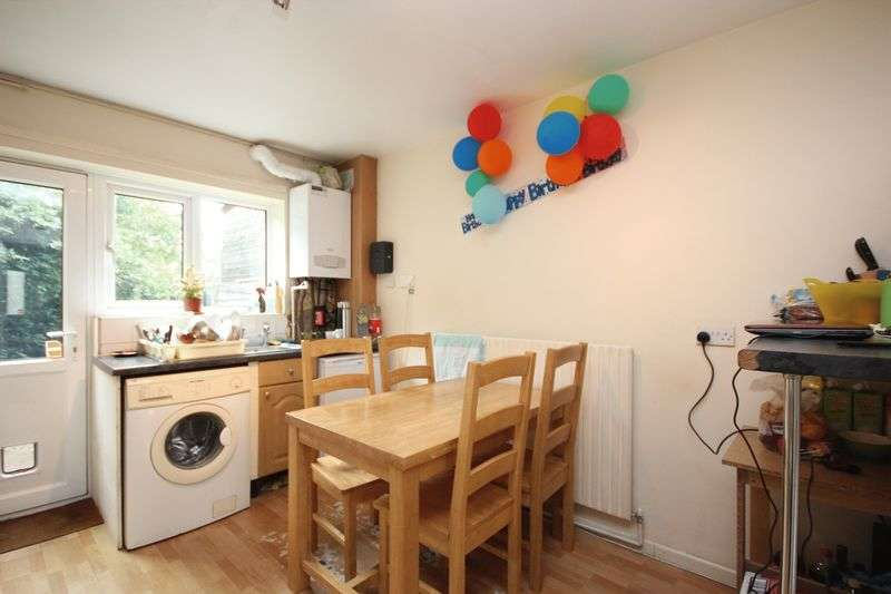 3 Bedrooms Flat for sale in City View Road, Norwich