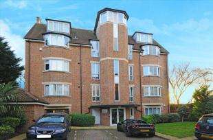 2 Bedrooms Maisonette Flat for sale in Carolina Court, 1 Hoptree Close, London