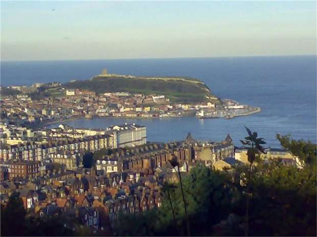 3 Bedrooms Flat for sale in 58 Esplanade, Scarborough, North Yorkshire