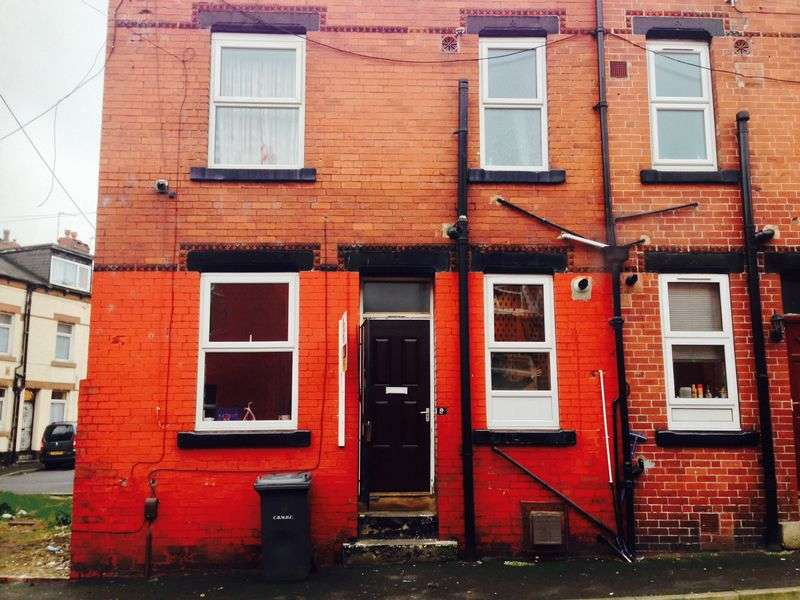 Property for sale in Paisley Place, Leeds