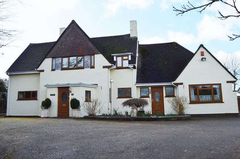 4 Bedrooms Detached House for sale in Fort Austin Avenue, Plymouth, PL6