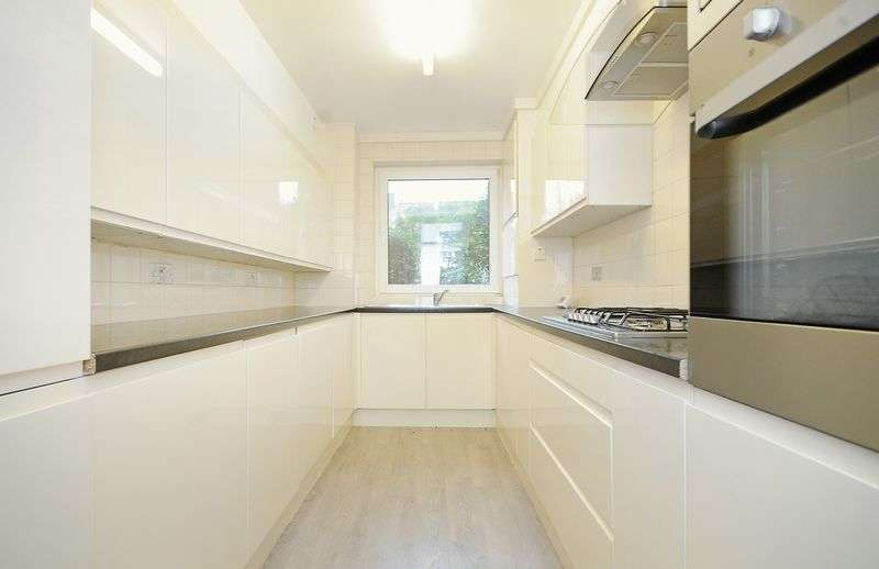 3 Bedrooms Flat for sale in Hillcrest Road, W5