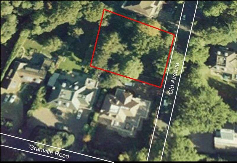 5 Bedrooms Land Commercial for sale in Old Avenue, Weybridge