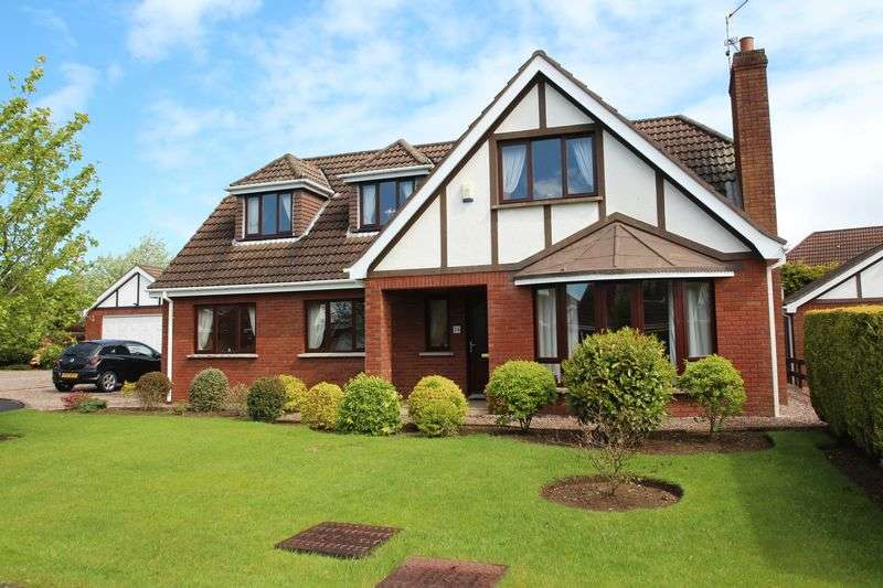 5 Bedrooms Detached House for sale in 36 Kensington Manor, Dollingstown