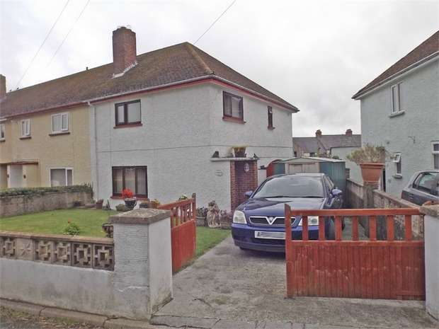 3 Bedrooms Semi Detached House for sale in Foley Way, Haverfordwest, Pembrokeshire