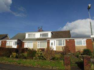 4 Bedrooms Bungalow for sale in Cowley Crescent, Padiham, Burnley, Lancashire, BB12