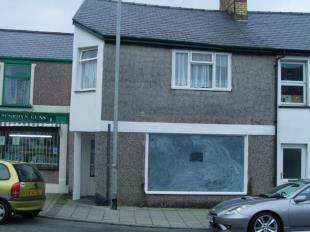 1 Bedroom Terraced House for sale in High Street, Penrhyndeudraeth, Gwynedd, LL48