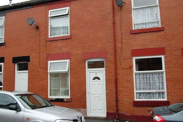 3 Bedrooms Detached House for sale in Oswald Street, Rochdale, Lancashire, OL16 2LA