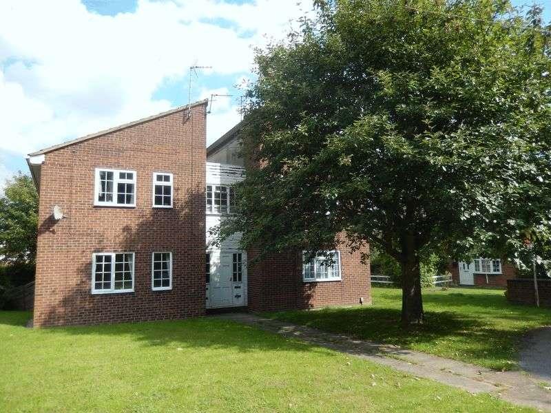 Flat for sale in Langdale Grove, Bingham