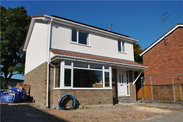 3 Bedrooms Detached House for sale in Cherwell Road, Keynsham, BRISTOL, BS31 1QT